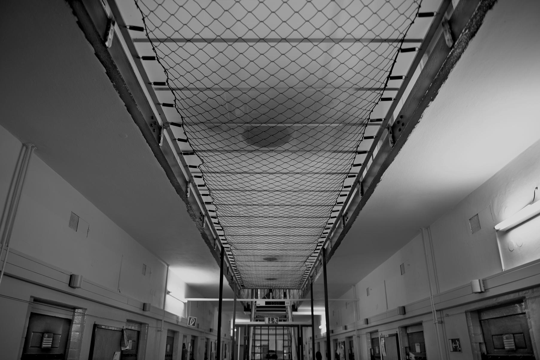 prison 9